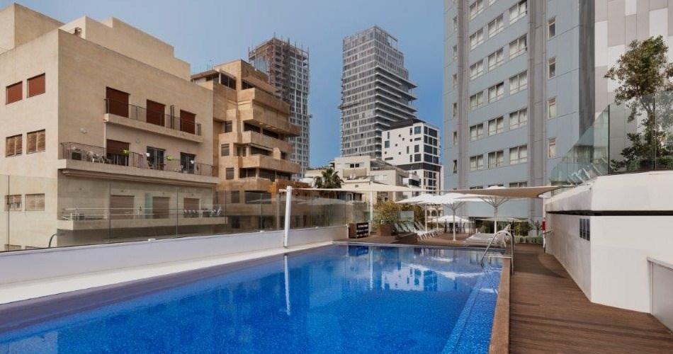 Бассейн на крыше -Метрополитен Отель Тель Авив
